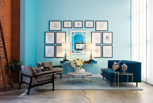 bilderrahmen schwarz Schicke Einrichtungsideen fürs Wohnzimmer blau