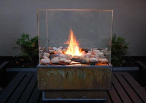 gartengestaltung feuerstelle glas  Gartendeko DIY