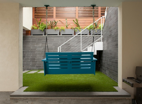 Selbstgemachte Gartendeko DIY gartengestaltung sitzbank