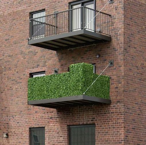 grün gras fassade terrassengeländer und balkongeländer