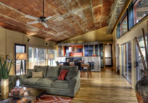 33 einrichtungsideen f r tolle deckengestaltung im wohnzimmer. Black Bedroom Furniture Sets. Home Design Ideas