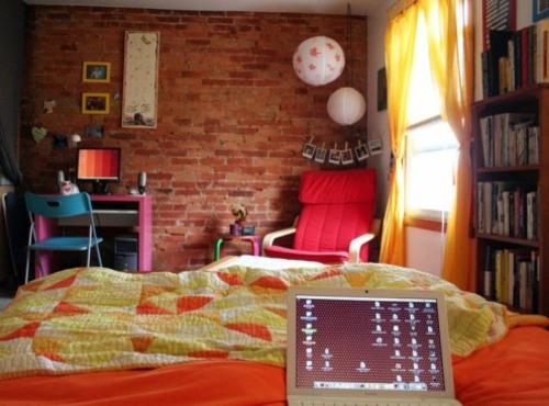 rot bettwäsche warm Einrichtungsideen für Jugendzimmer