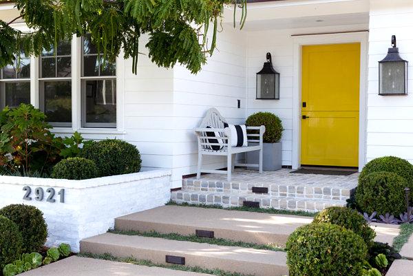 gemütlich bank kissen schwarz weiß Veranda gestalten