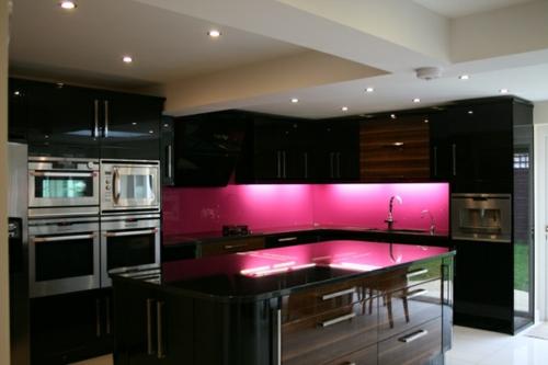 Glasrückwand küchen einrichtung glanzvoll farben leuchtend leuchten
