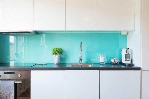glanzvoll farben Küche Glasrückwand leuchtend weiß