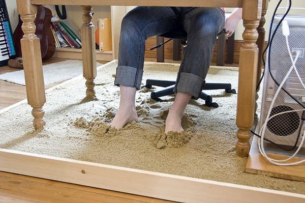 arbeitsplatz einrichtungsideen sand boden strand gefühl schreibtisch