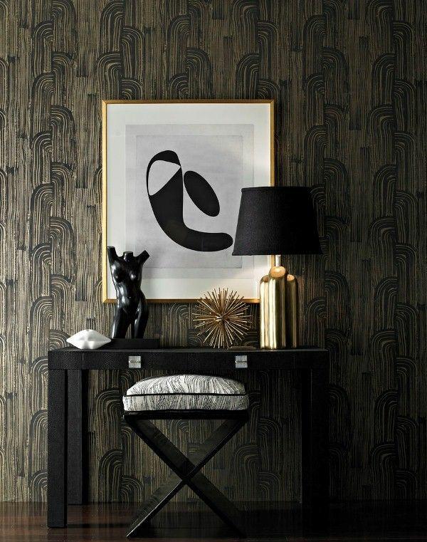 art dekoideen für flur schwarzer tisch tischlampe hocker skulptur