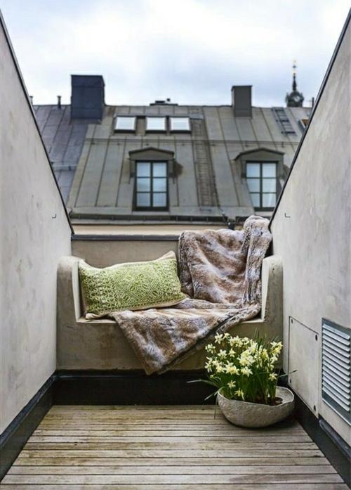 balkon bewohnlich entwerfen idee gemütlich dach