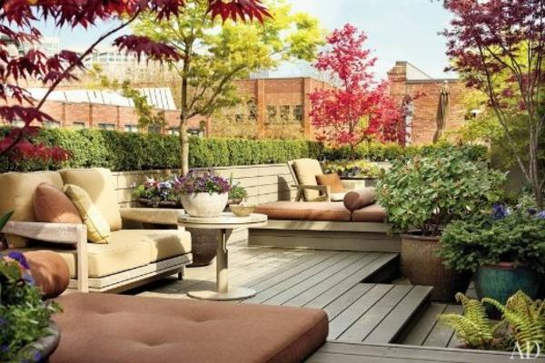 balkongestaltung dekoration schöne pflanzen