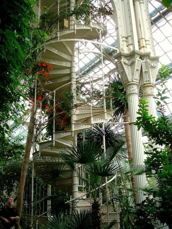 bepflanzung vertikal garten gestalten immergrüne pflanzen