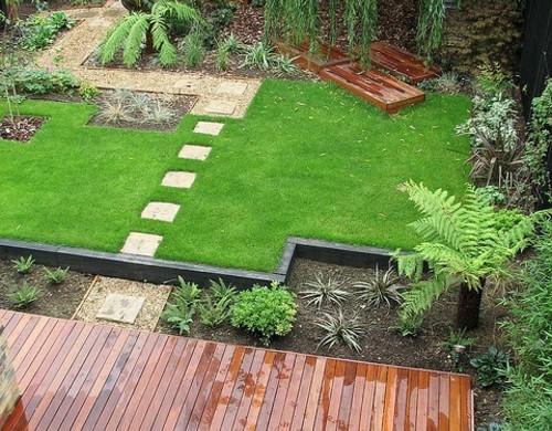 vorgarten modern blumen pflanzen arten robust vorgartengestaltung idee steine kiesel
