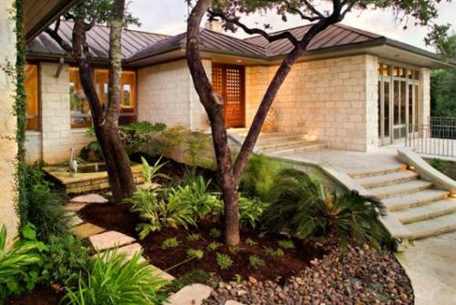 steine kiesel blumen pflanzen licht bilder zur vorgartengestaltung idee