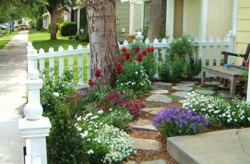 kiesel blumen pflanzen zaun bilder zur vorgartengestaltung idee steine