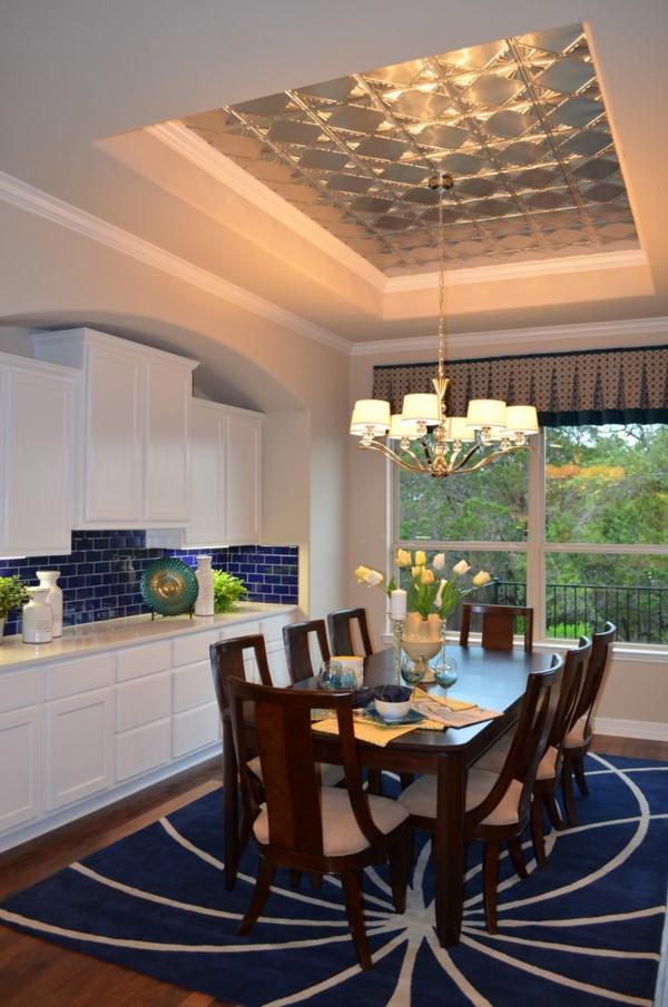 deckendesign aus blech wohnzimmer kronleuchter esstisch