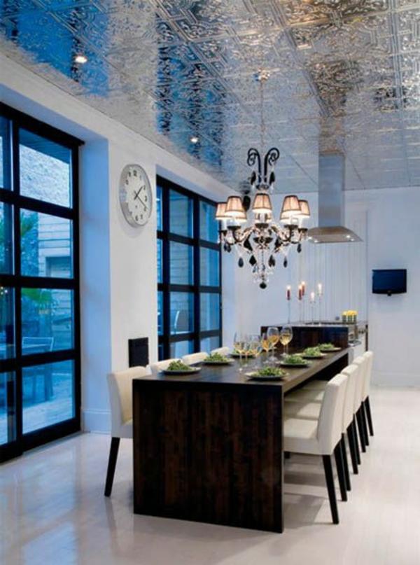 deckenverkleidung verwandelt das zimmer in ein kunstwerk. Black Bedroom Furniture Sets. Home Design Ideas