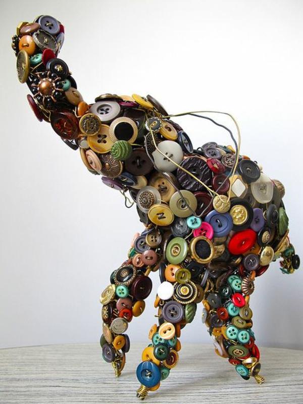 dekoideen elefant aus knöpfen