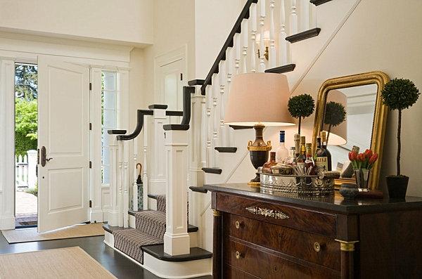 dekoideen und teppich tür treppe  wandgestaltung im flur