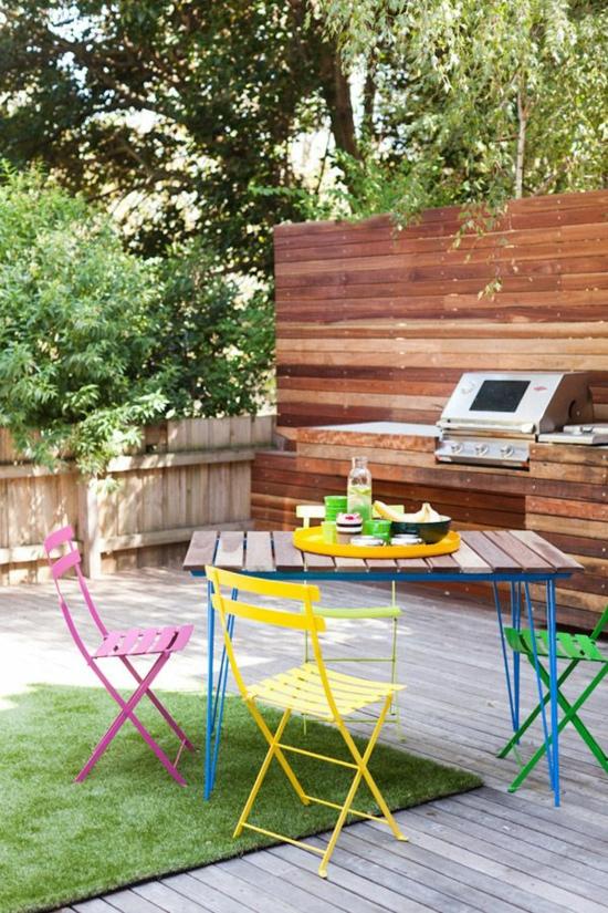 diy projekt bunte gartenmöbel aus paletten selber machen tisch outdoorküche klappstühle