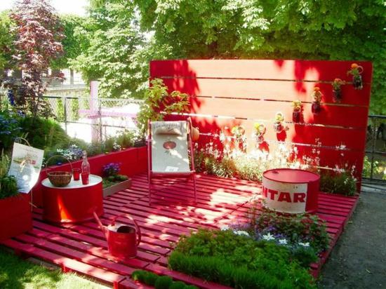 diy projekt gartenmöbel aus paletten rot holzveranda plattform aus europaletten