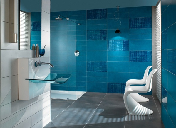 dunkel blaue fliesen bad möbel weiß waschbecken glas