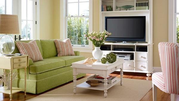 familienzimmer grün sofa wandfarben wohnzimmer neutral wandgestaltung