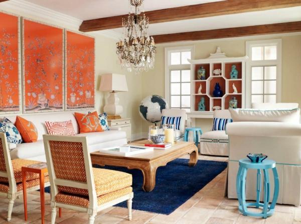 Gemusterte Tapete Streichen : familienzimmer niedrig couchtisch erdkugel sofas wandfarben wohnzimmer