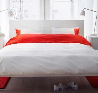 tisch furs bett mit rollen ikea esstische ausziehtische. Black Bedroom Furniture Sets. Home Design Ideas