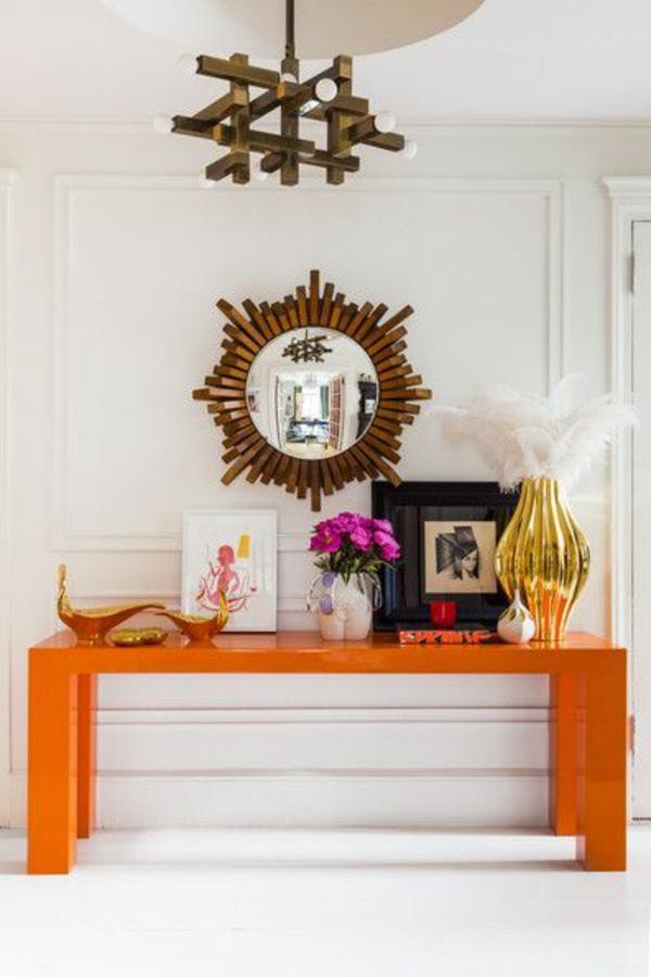 flur designideen orange tisch dekoration rundspiegel
