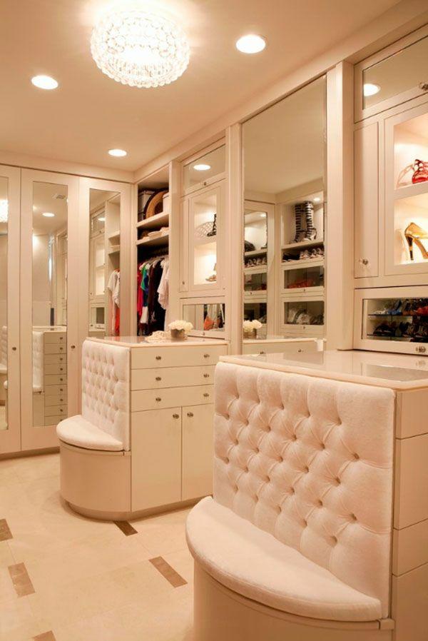 Auf der suche nach einer garderobe ratschl ge und bilder for Suche garderobe