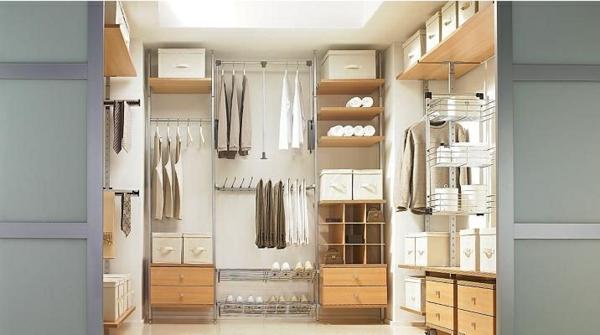 Inneneinrichtung planen  Pax Kleiderschrank - Schaffen Sie leicht Ordnung in Ihrem Schrank