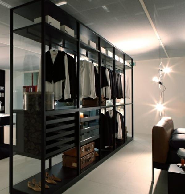 garderobe schwarz und offen