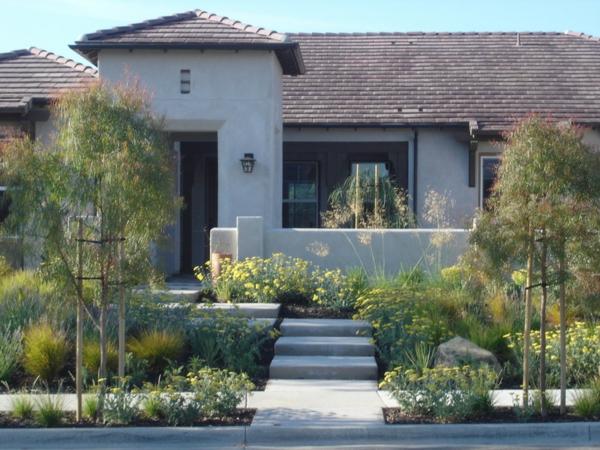 garten mit baumen gestalten – nomadx, Gartenarbeit ideen