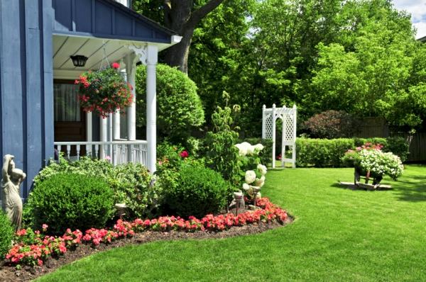 garten ideen gartengestaltung buchsbaum büsche vorgarten pergola grünes gras