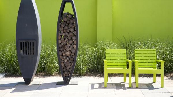 Moderne Holzmöbel Garten : garten modern bilder grün stühle brennholz feuerstelle moderne