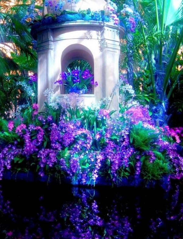 gartendesign lila pflanzen über dem wasser