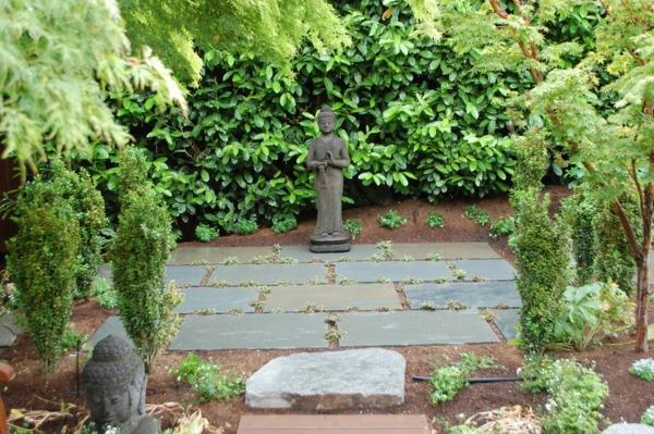 gartengestaltung buddha statue figuren