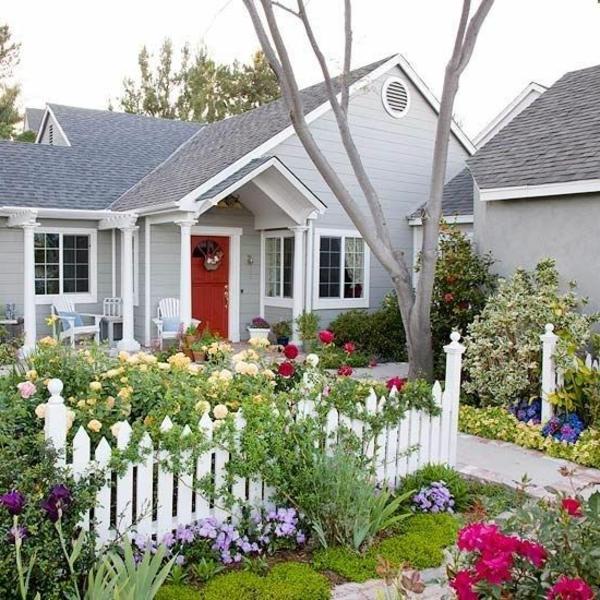 Vorgarten gestalten 23 schicke rustikale gartenideen for Kleinen vorgarten pflegeleicht gestalten