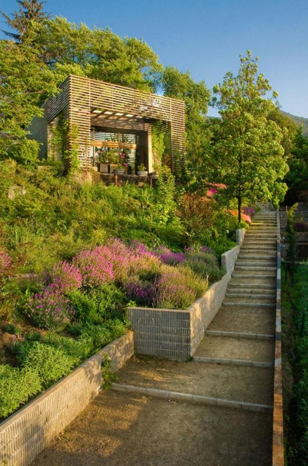 gartenlaub bauen pergola pflanzen arten blüten