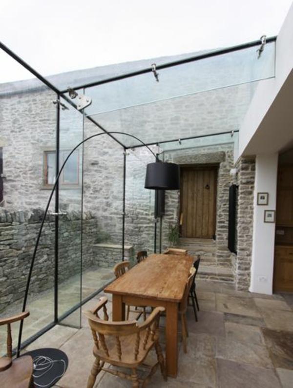 glas terrasse gestalten moderne lampe