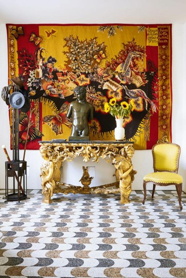 golden motive teppich bodenbelag flur tisch ornamente Wandgestaltung im Flur