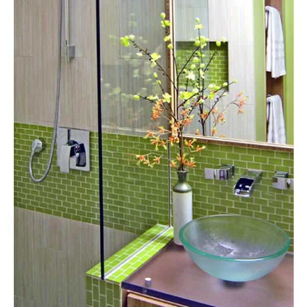grün fliesen badezimmer spiegel glas waschbecken