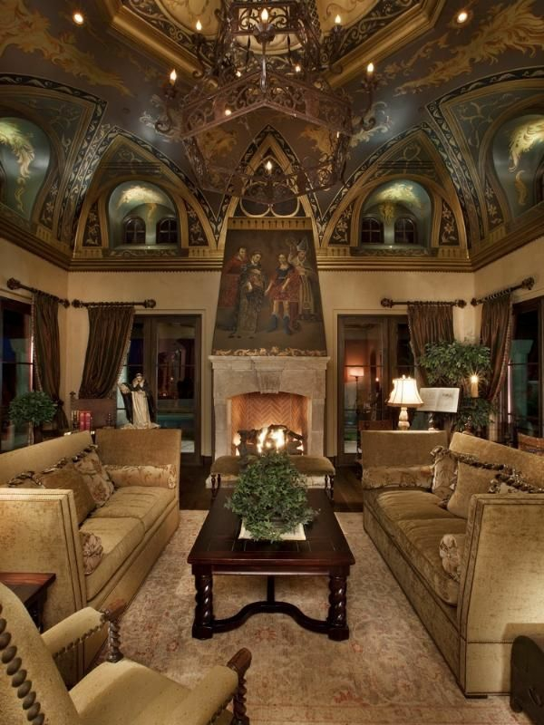 großartiges wohnzimmer decke dekoration kronleuchter sofas