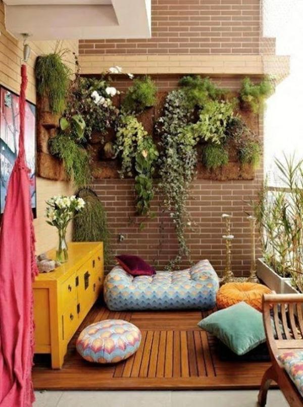 hängende zimmerpflanzen und balkonpflanzen sitzecke sitzkissen
