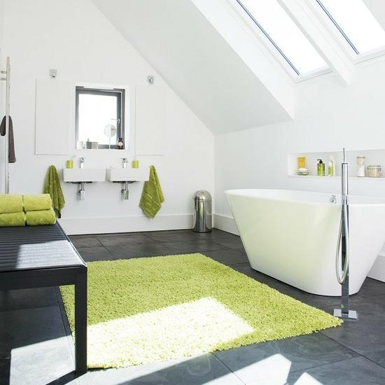Hell leuchtend farben dachfenster bad modernes bad