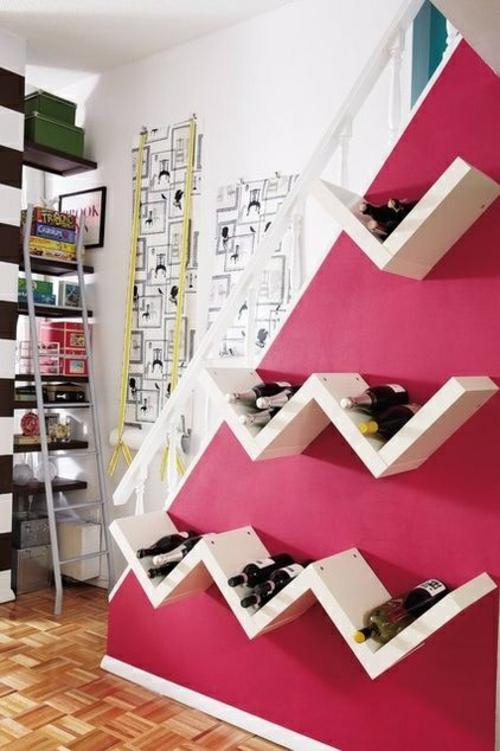 holzplatten zig zag weinregal bauen diy projekt weinlagerung treppenhaus wand