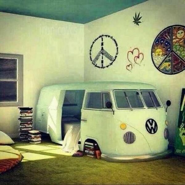 Jugendzimmer einrichten bett wie autobus bücher dekoideen