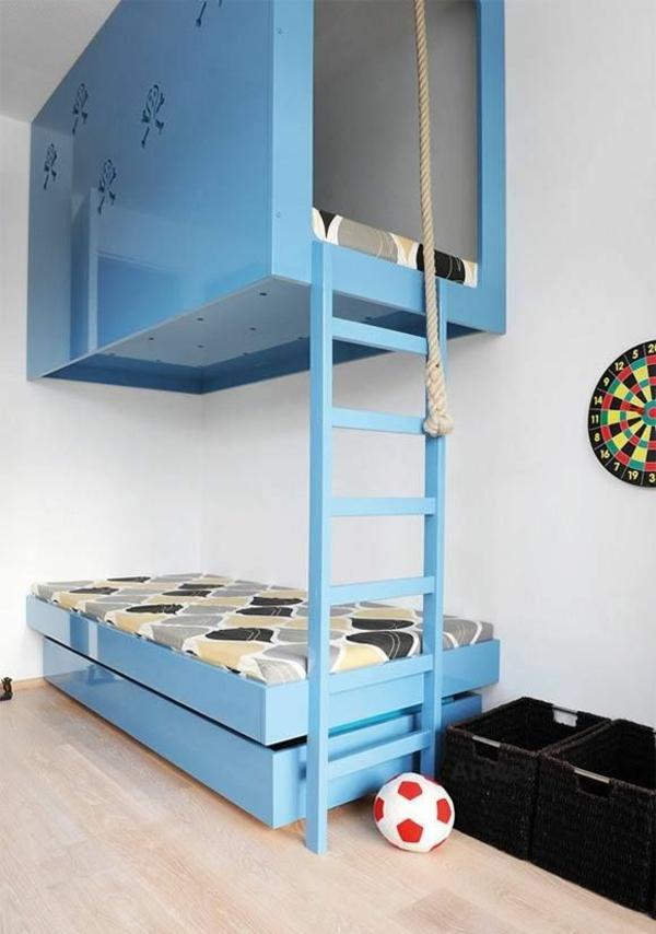 jungenzimmer einrichten blaues stockbett treppe