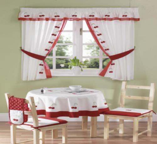 küchenvorhänge dienen als sonnenschutz und peppen ihre küche auf - Gardinen Für Küche Esszimmer