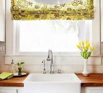 Küchenvorhänge dienen als Sonnenschutz und peppen Ihre Küche und den Essbereich auf