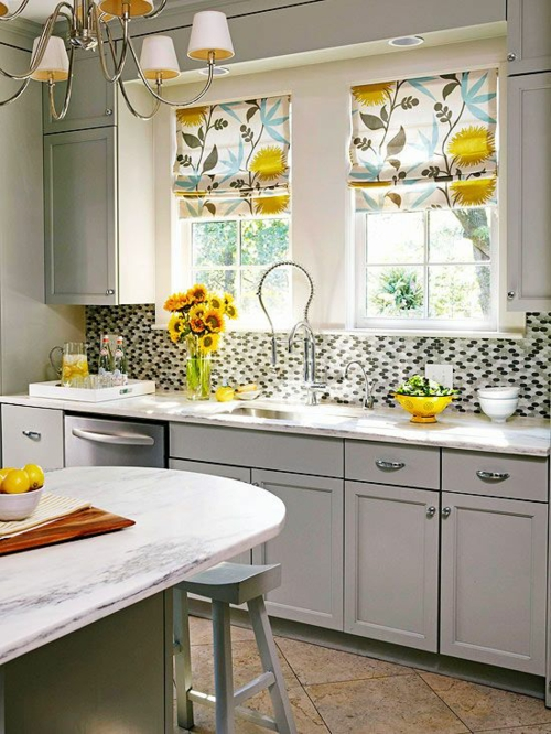 küchenvorhänge dienen als sonnenschutz und peppen ihre küche auf - Moderne Küche Gardinen